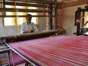 India Handloom Brand is drawing up new strategies that include retail and ecommerce, in a bid to raise the market positioning of handloom.