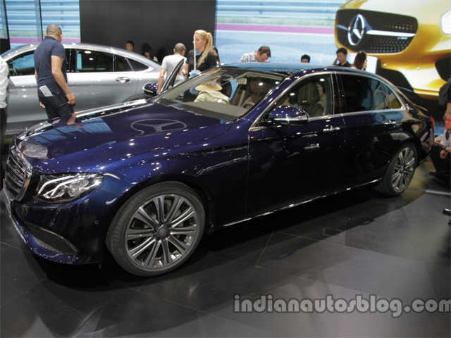 Dimensions India Bound 2016 Mercedes E Class Long Wheelbase Unveiled At Auto China 2016 The Economic Times