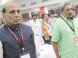 Home Minister Rajnath Singh, Defence Minister Manohar Parrikar along with the top security brass today reviewed the country's security situation, including in Jammu and Kashmir.