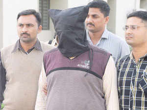(Representative image) Army has arrested a terrorist of Pakistan-based Jaish-e-Mohammed (JeM) outfit in Baramulla district of Kashmir and recovered an Aadhaar card from his possession.