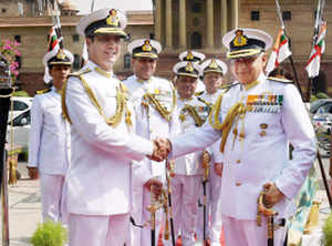Admiral Sunil Lanba takes over as Chief of Naval Staff - The
