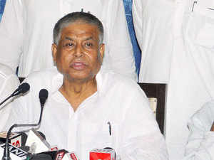 Mannan played an important role in bringing the CBI to investigate the Saradha chit fund scam by filing a petition to the Calcutta High Court.