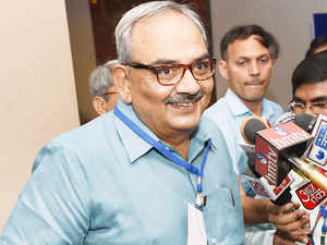Union home secretary Rajiv Mehrishi on Friday held review meeting with chief secretaries of seven Naxalite-affected states and secretaries of key central ministries to take stock of development projects initiated in Maoist-hit areas.