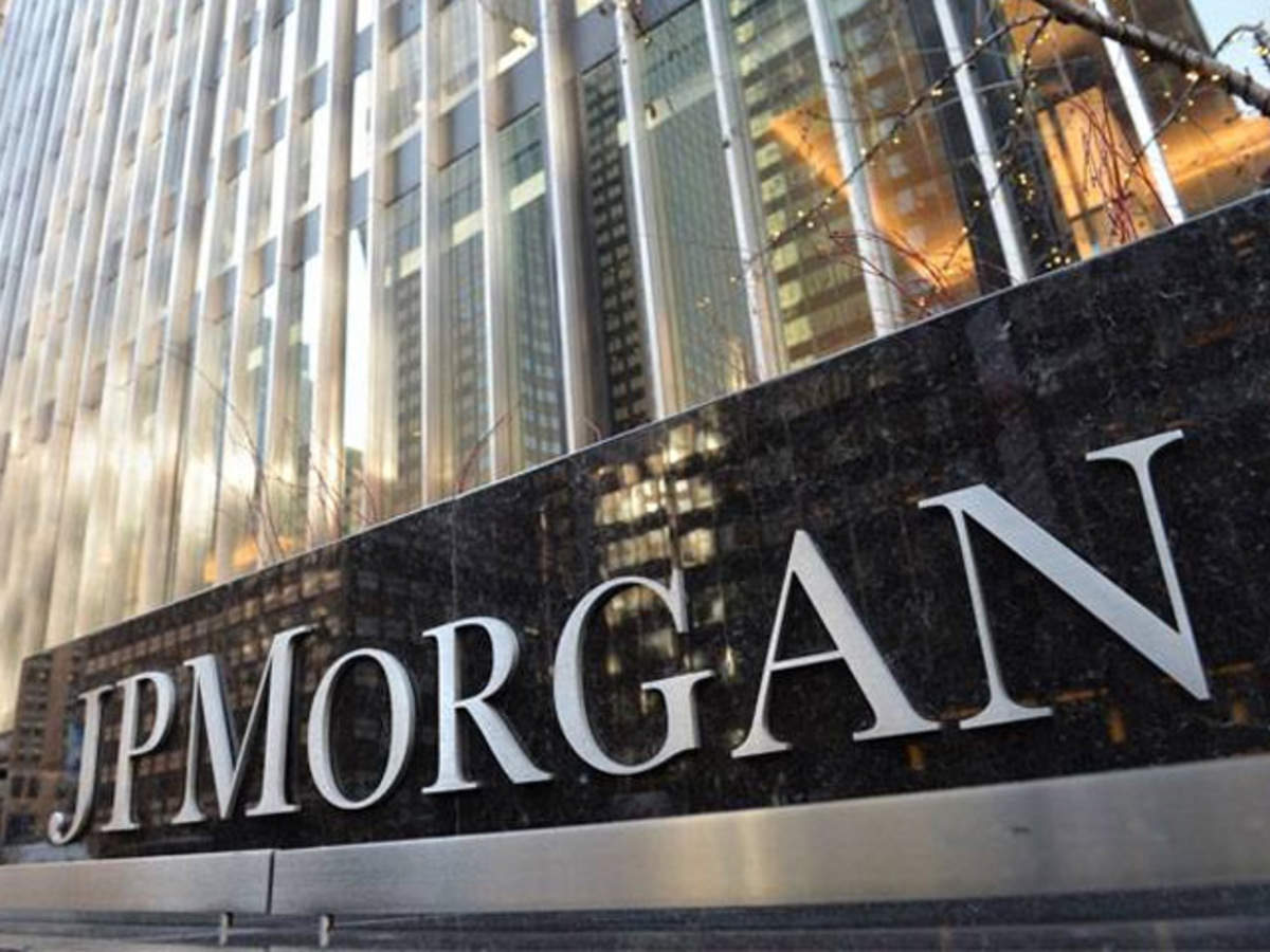 Bucking the trend: JP Morgan, biggest US lender, to expand