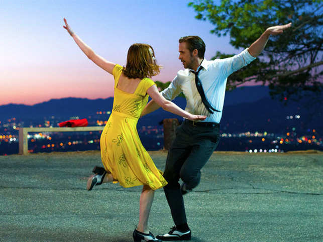 Set in modern-day Los Angeles, the film pays homage to traditional Hollywood musicals and also to the home of the stars.