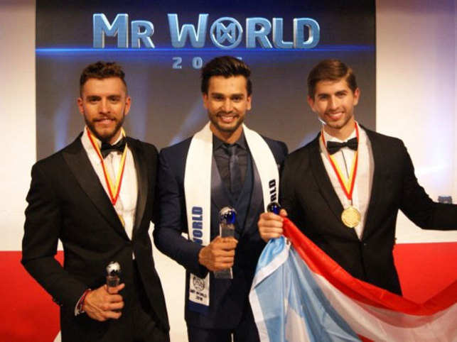 Narrowly missing out on the ultimate prize was Fernando Álvarez, 21, from Puerto Rico, with Aldo Esparza Ramírez, 26, from Mexico placing 3rd. (mrworld.tv)