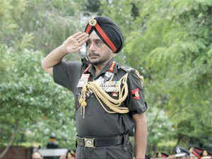 A Guard of Honour with full military honours was given to the martyrs. Singh laid a wreath at Shaheed Smarak and paid rich tributes to those who sacrificed their lives.