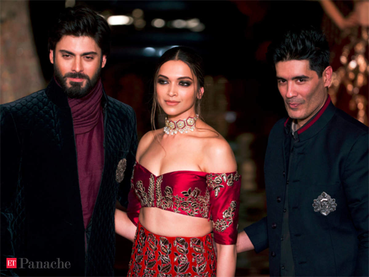 Manish Malhotra India Couture Week 2016 Manish Malhotra Weaves A Persian Story With Deepika Padukone Fawad Khan The Economic Times