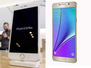 Apple and Samsung intend to make the most of the market as a good monsoon is expected to drive consumer purchases this festive season.