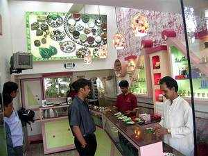 Retailers, however, expect sweet paan to outpace western desserts, if marketed well.