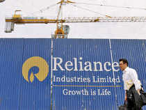 RIL shareholders' wealth gained Rs 20,000 crore as the markets gradually factored in the contribution of telecom venture towards the company's valuation.