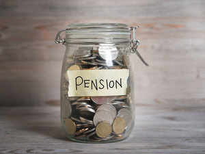 Pension-2ThinkstockPhotos-4