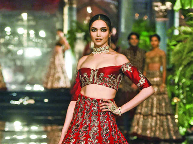 Deepika Padukone walks the ramp at the FDCI India Couture Week 2016.