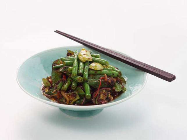 Asian eateries like  Yauatcha & Indian Kitchen on MG Road are being met with demands for vegetarian dishes during this period.