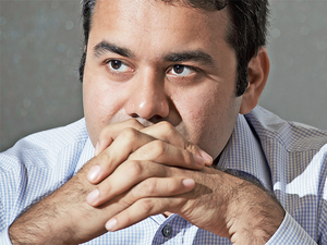 Only a year ago, Kunal Bahl, CEO, Snapdeal boasted that his e-commerce startup will overtake Flipkart in sales. The company has since slipped against its two main rivals.What went wrong?