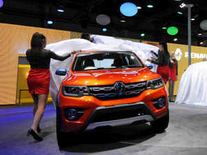 Renault is conducting a pre-emptive inspection of select 0.8 L variants (800cc) of Kwid that were produced up to May 18, 2016 from October 2015.