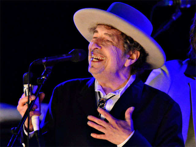 The Indian Bob Dylan Fan Club enjoys a significant overlap with the ad business