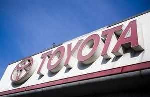 "<a href=""/articleshowpics/5370658.cms"" target=""_blank""><b>Toyota Prado Diesel</b></a> <a href=""/articleshowpics/5413642.cms"" target=""_blank""><b>Toyota small car Etios</b></a> <a href=""/articleshowpics/5423159.cms"" target=""_blank""><b>Toyota Prius in India</b></a>  <a href=""/articleshowpics/5434692.cms"" target=""_blank""><b>Toyota's new hybrid FT-CH</b></a"