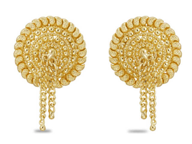 22kt Gold Earrings From Tanishq This Dhanteras Add Some
