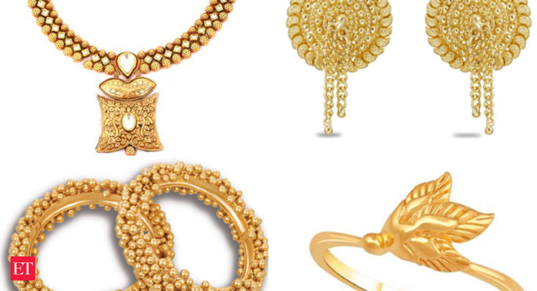 22kt Gold Earrings From Tanishq This Dhanteras Add Some Dazzle