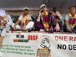 A group of ex-servicemen led by Major General Satbir Singh (Retd) have been protesting against the OROP scheme introduced by the government.