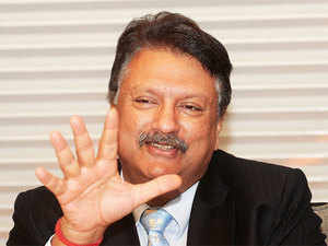 The US economy, whosever comes, has its own inherent strengths and it should go on, said Piramal.
