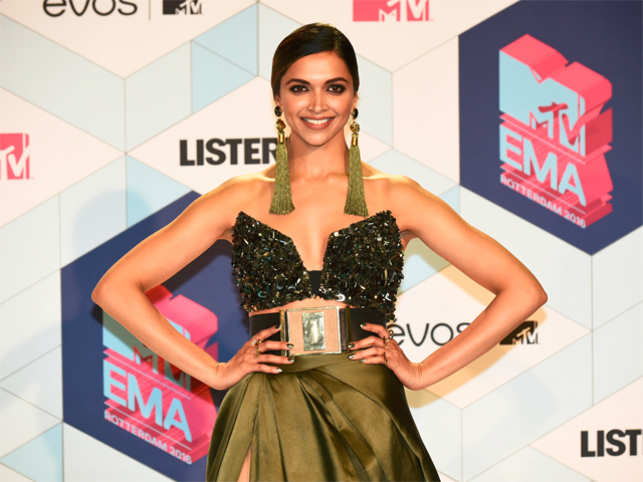 MTV: Deepika's MTV EMA appearance labelled as 'Bollywood blunder