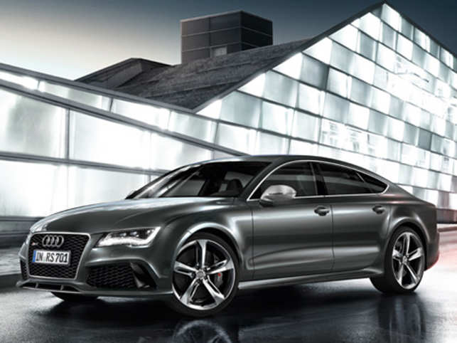 Luxe On Track Audi Launches RS Performance In India At Rs - Audi car 7