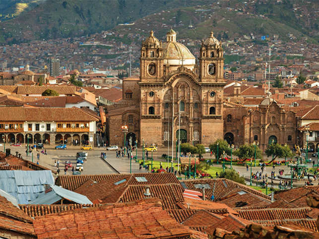 Cusco is popular among tourists as the main gateway city to Machu Picchu.