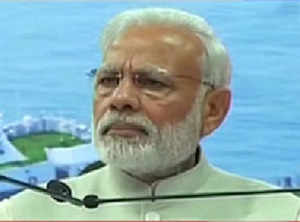 PM Modi breaks down, says 'I am here to serve for the nation'