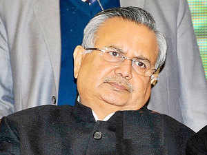 Most of the transactions happen in district headquarters, block headquarters and markets. Directions have been given to the collectors that there should be mobile ATMs to dispense notes of smaller denominations, says Raman Singh.