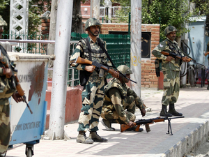 Border Security Force personnel deployed at Regal chowk in Srinagar.