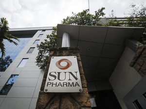 Mumbai India S Largest Maker Sun Pharma Facing An Uncertain Us Market Over Pricing Issues Launched Attempt To Move Into Emerging Markets And