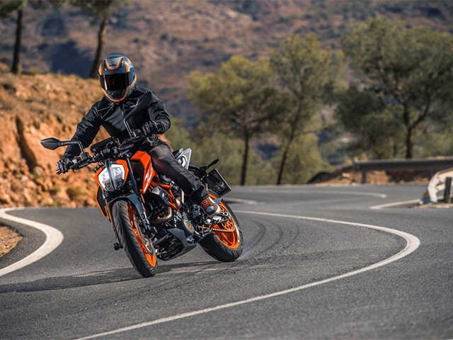 Seven New Bikes Worth Waiting For Until 2017 Ktm Duke 390