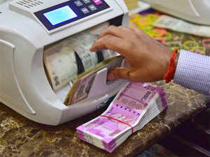 Though Indian investors have wisened up since the 2008 economic crisis, many are still rushing to the security of gold and debt after the 8 November announcement.