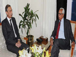 After being briefed about the attacks by Pakistani terrorists at Ramgarh and Nagrota yesterday, the Governor spoke with Northern Army Commander Lt Gen D S Hooda,