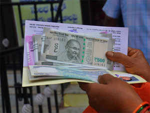 A finance ministry source said Rs 500 notes supply is set to increase, which will address the issue of shortage of smaller denomination notes.