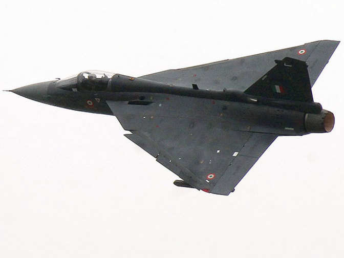 Tejas fighter jet: Navy chief Sunil Lanba says Tejas LCA not up to ...