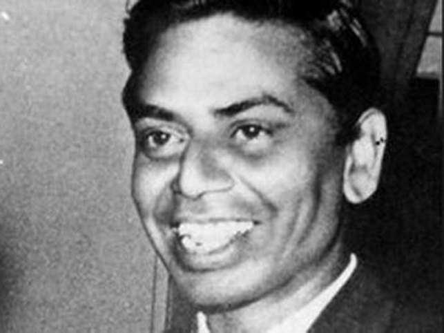 His best-known songs came in films such as 'Barsaat', 'Awara', 'Shree 420', 'Anari', 'Junglee', 'Guide', 'Madhumati' and 'Teesri Kasam'.