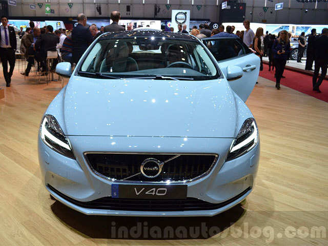 New Volvo V40 launched at Rs 25.49 lakhs - Price | The Economic Times