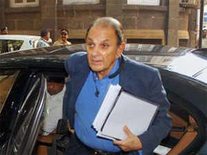 Nusli Wadia charged Ratan Tata of making investments in loss-making UK operations at the cost of Indian operations.