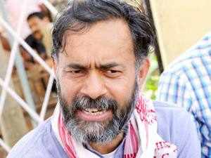 While Anna Hazare had recently shot off a letter to Arvind Kejriwal asking him to make public the donors list, Yogendra Yadav-led Swaraj India had challenged AAP for a debate on transparency in party funding.
