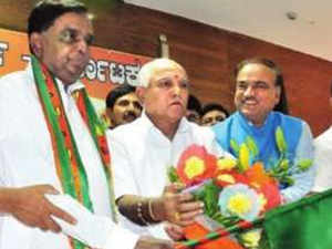 The Congress tried to brush off Prasad's exit with Siddaramaiah stating it would make no difference to electoral prospects.