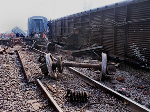 Fifteen coaches of the Sealdah-Ajmer Express derailed in Kanpur Rural district, injuring at least 62 passengers.