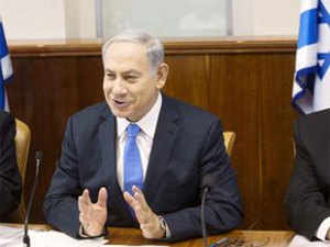 The police investigating team questioned 67-year-old Netanyahu last evening over suspicion that he and his family members received illicit gifts.