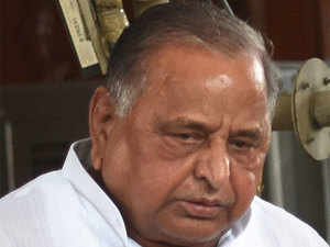 Mulayam  in his residence met his younger brother Shivpal Yadav, Azam Khan and Ambika Chowdhury, Mata Prasad Pandey and some others but nothing concrete came out.