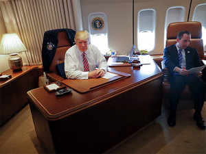 air force 1 office. ETPrimeAmazon\u0027s Fintech Flywheel Widens Its Orbit. WASHINGTON: Aboard Air Force One 1 Office H
