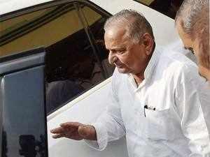 Mulayam Singh Yadav was silent about Congress V-P Rahul Gandhi, but effusive in his praise of his sister Priyanka.