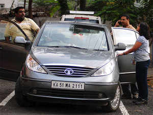 Bengaluru's list of car-poolers has grown. Srinath S, co-founder of Let's Drive Along, said about 13,000 car-owners have registered on his mobile carpooling platform. Representative Image