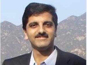 Deepak Malkani (In Pic)